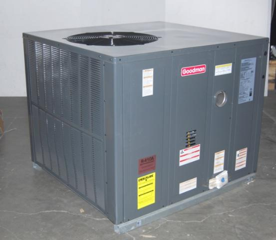 Goodman 5 Ton Packaged Gas Furnace Air Conditioner Unit