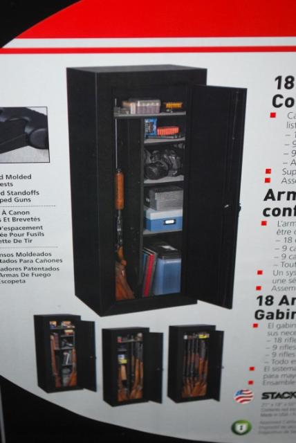 Gun Security Cabinet >> Stack-On 18 Gun Convertible Steel Security Cabinet Black ...