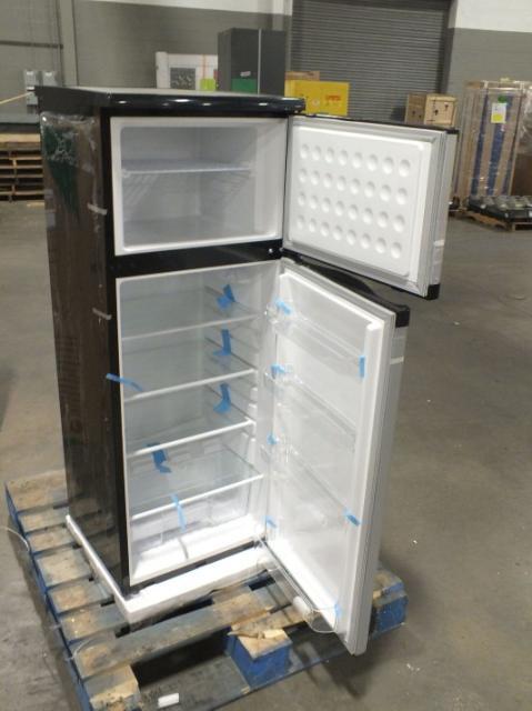 avanti deluxe apartment size refrigerator freezer
