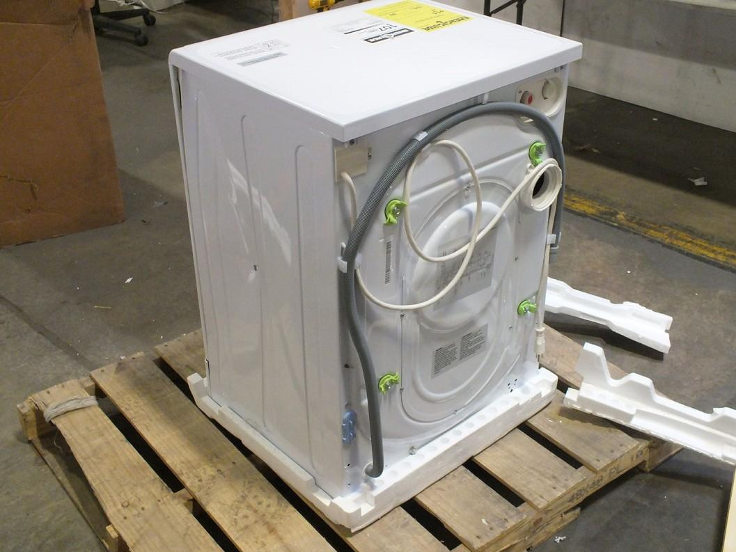 capacity 2 3 cu ft 15 lb wash capacity 9 lb dry capacity 9 washing