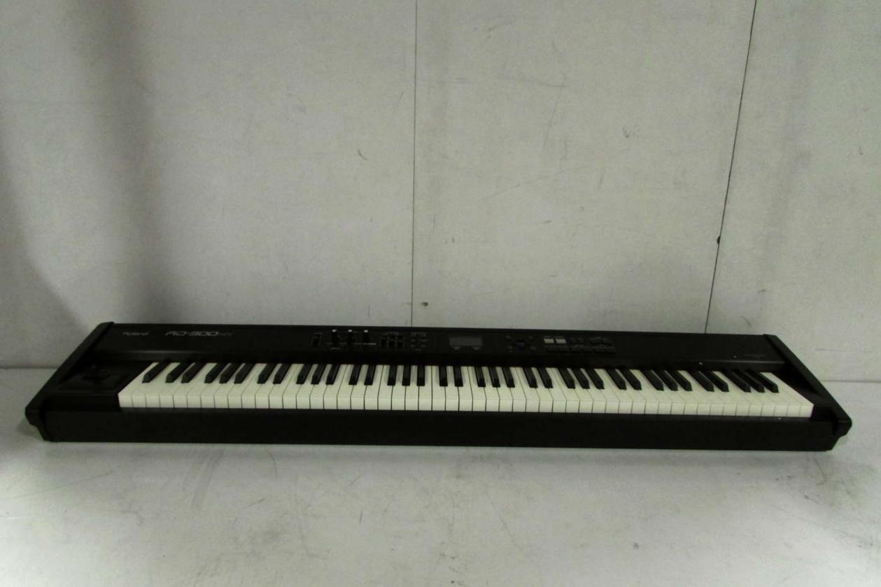 roland rd 300nx 88 key supernatural stage piano electric keyboard. Black Bedroom Furniture Sets. Home Design Ideas