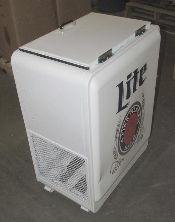 miller lite retro icebox cooler with built on bottle opener ebay. Black Bedroom Furniture Sets. Home Design Ideas