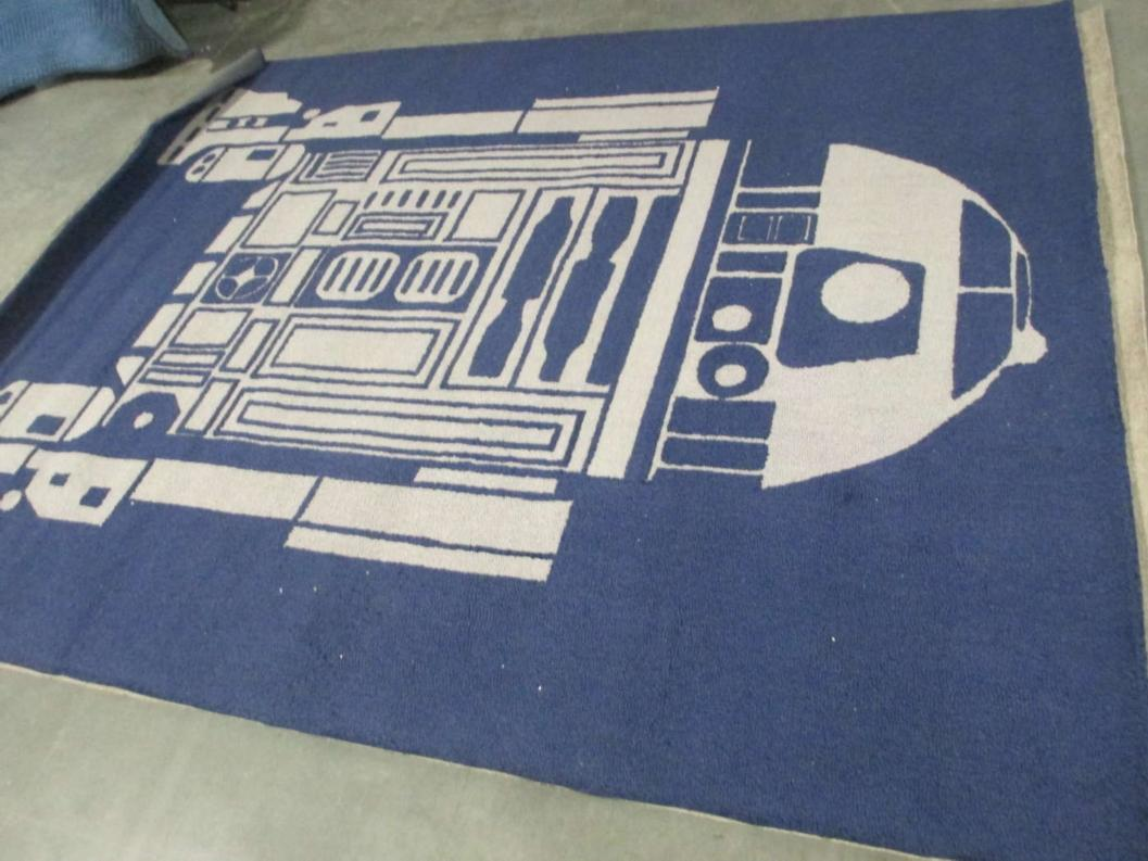 Pottery Barn Kids 8x10 Star Wars R2 D2 Area Rug Discontinued