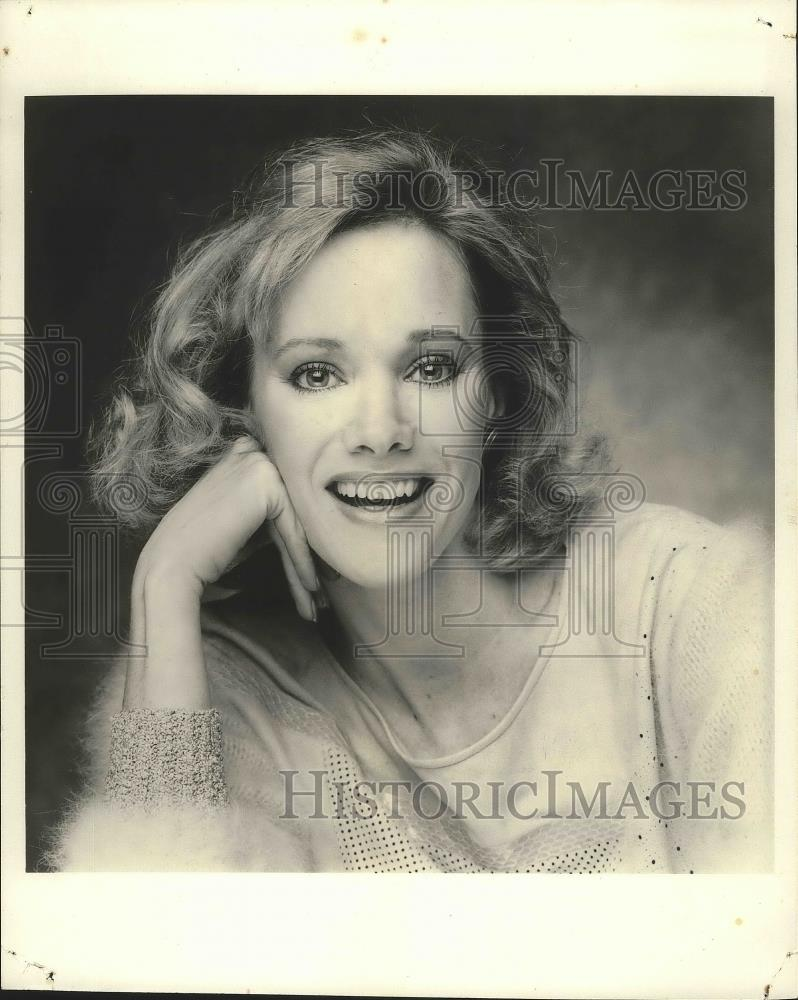 Lynette Harris Nude Photos 82