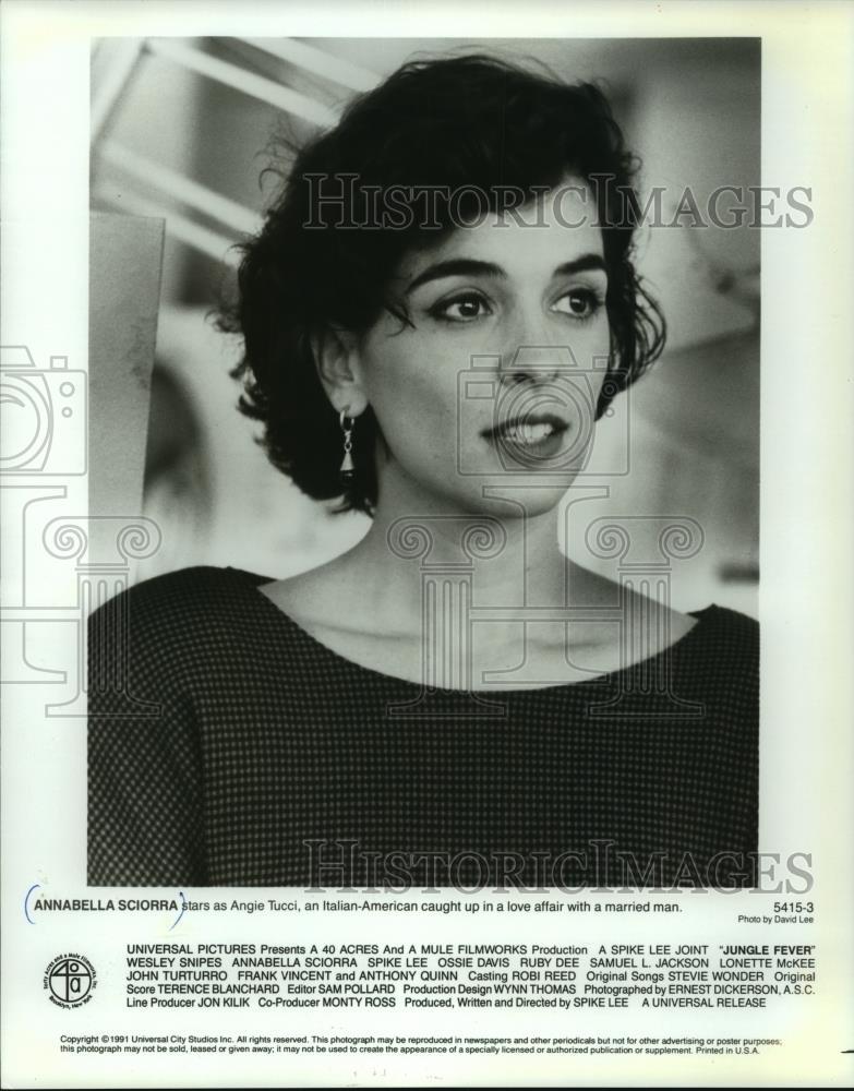 8X10 PUBLICITY PHOTO CC501 ACTRESS ANNABELLA SCIORRA