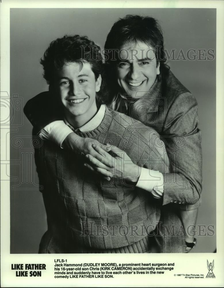 """1987 Press Photo Kirk Cameron and Dudley Moore in """"Like ..."""
