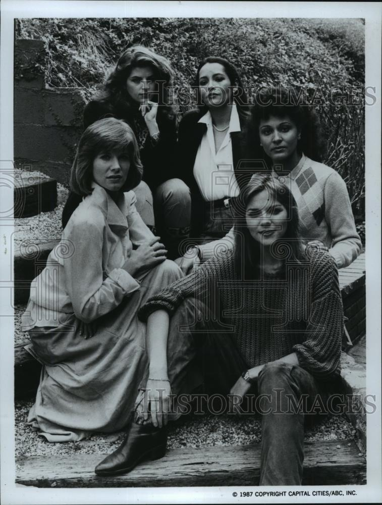1984 Press Photo Cast Of Movie Sins Of The Past Suspenseful Tv
