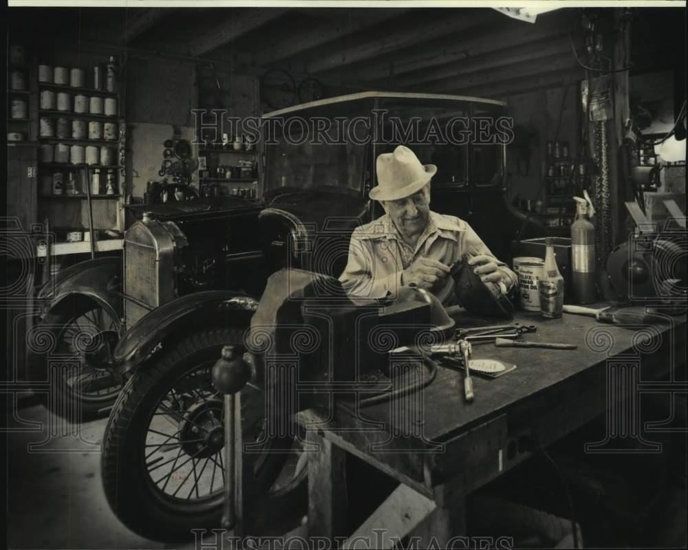 model t wheel press
