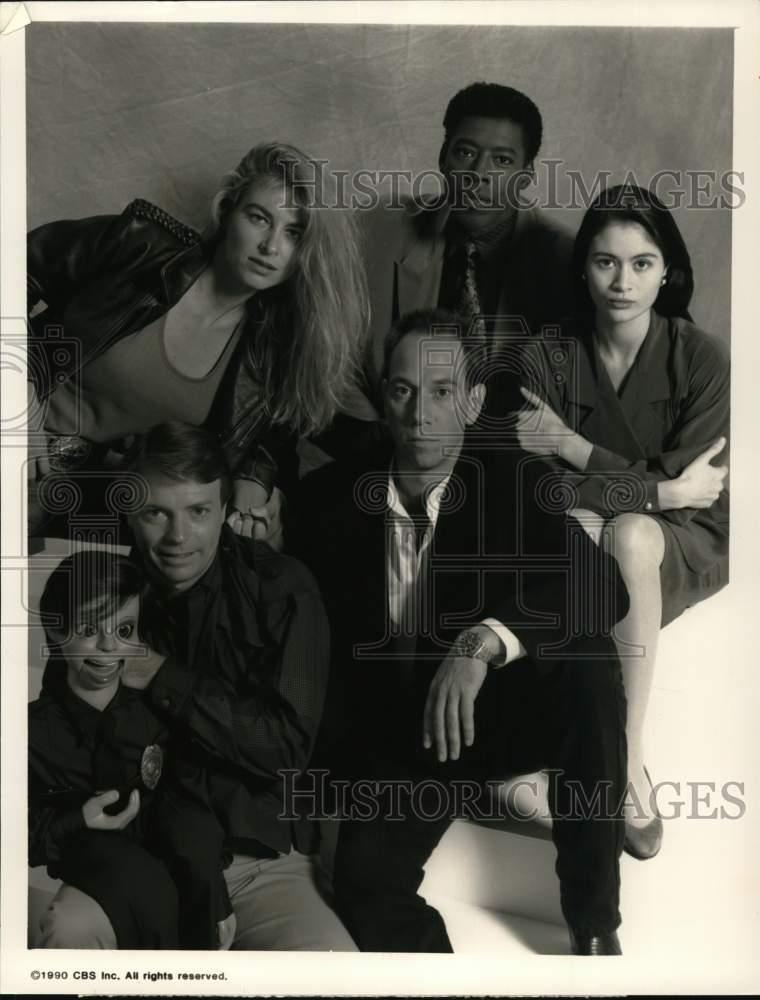 "1992 Press Photo Cast Members Of ""Broken Badges"