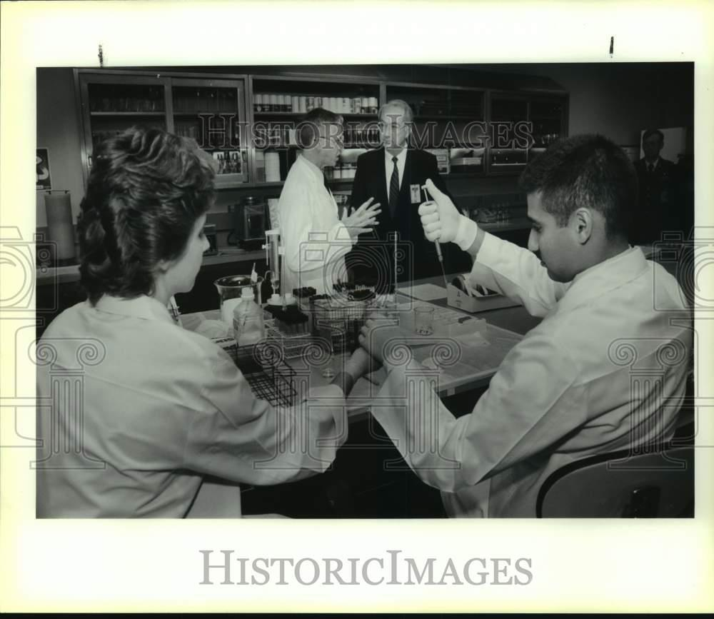 Details about 1989 Press Photo Senator Phil Gramm touring Brooks AFB Drug  Testing Lab, Texas