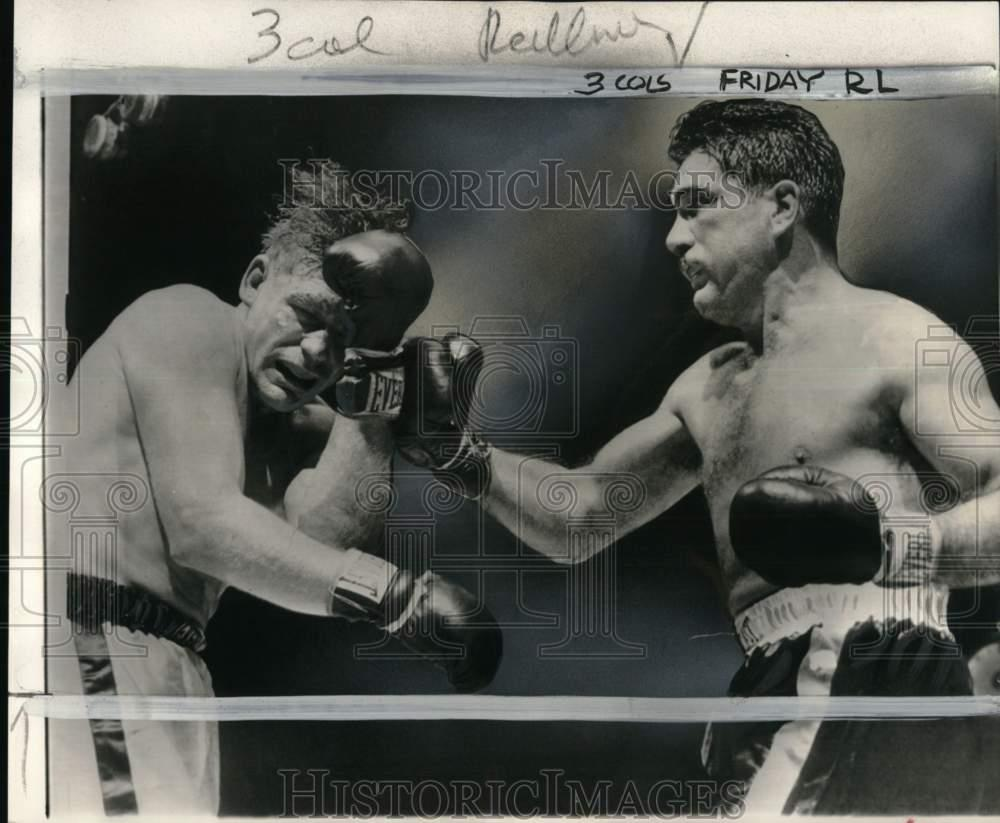 Details about 1951 Press Photo Boxers Joey Maxim hits Irish Bob Murphy with  right punch