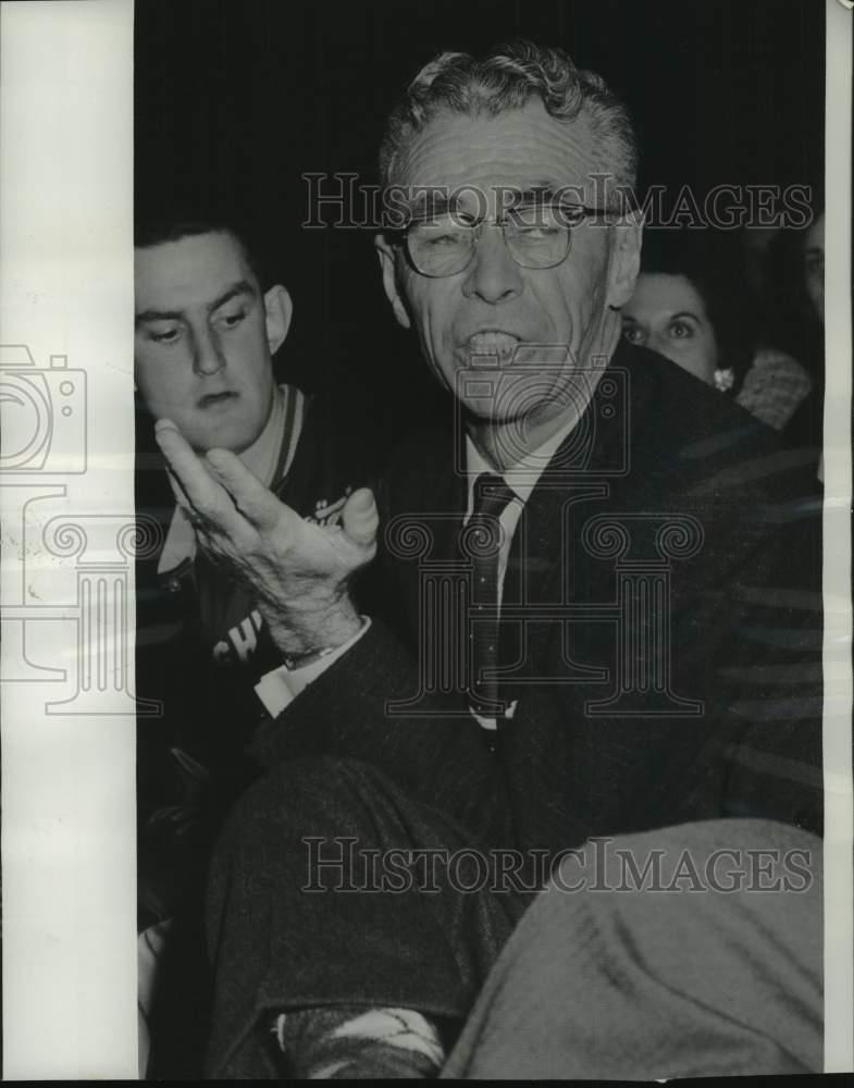 """Coach John Wooden UCLA  /"""" be humble/"""" Quote 8 x 10 Photo Picture #d1"""