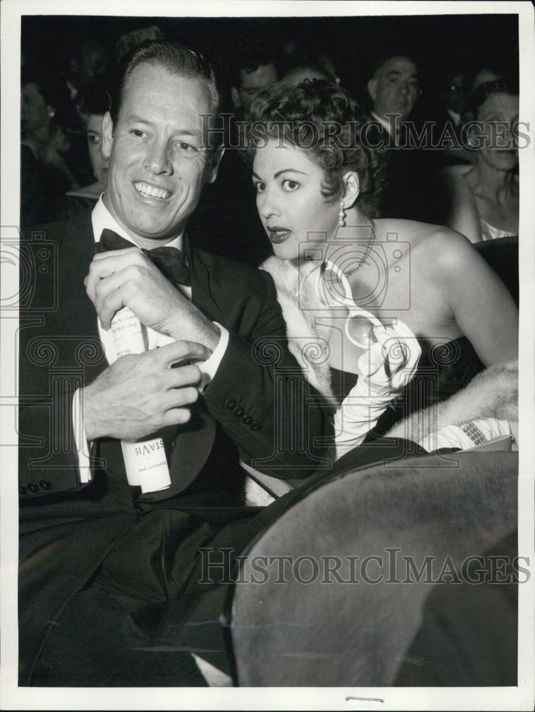 1956 Press Photo Stunt Man Robert Morgan With Wife Yvonne