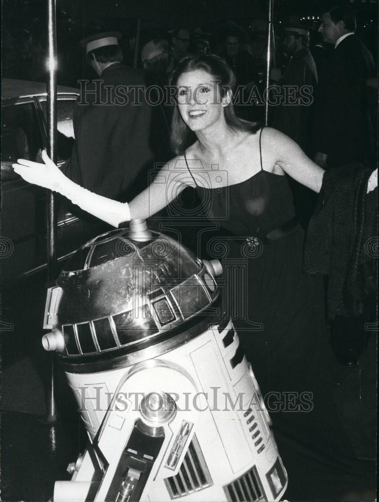 Carrie Fisher Princess Leia Nipples