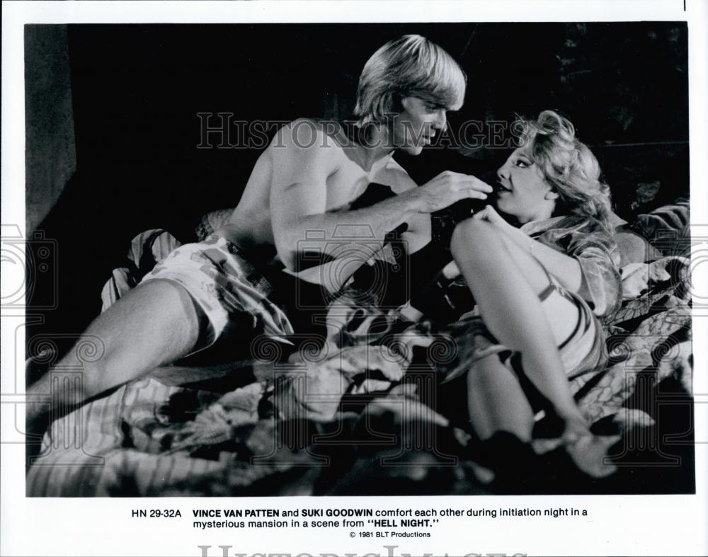 Press Photo Vince Van Patten and Suki Goodwin in the film Hell NightVincent Van Patten Hell Night