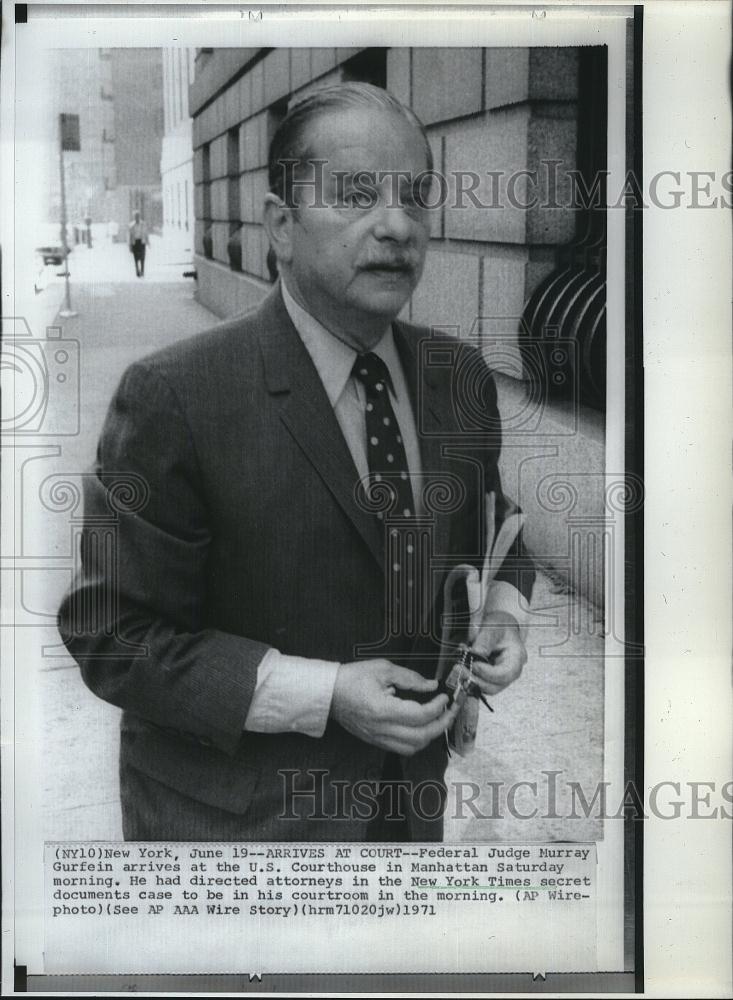 Judge Murray Gurfein