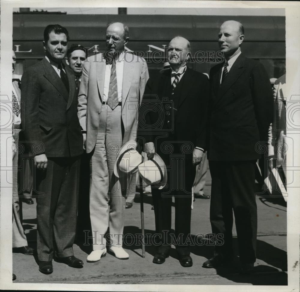 Details about 1934 Press Photo U S Attorney General Cummings & Mrs Cummings  arrive in L A