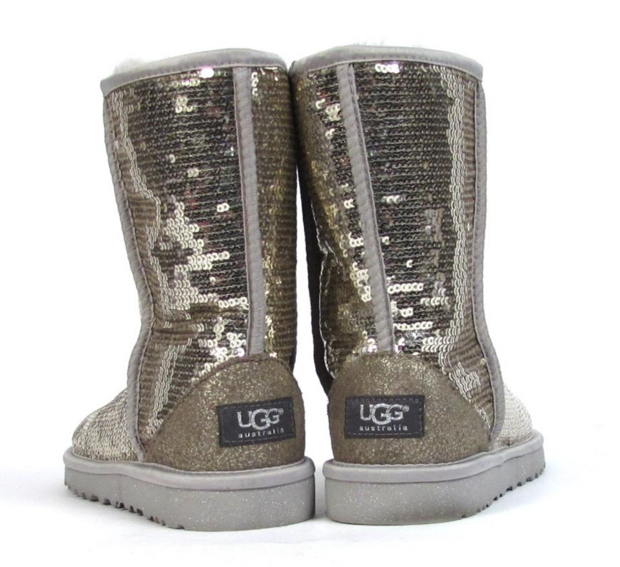 Sequin Uggs http://www.ebay.com/itm/Ugg-Sequin-Boots-US-6-Eva-Shiny-Silver-Shoes-Sheepskin-Winter-Holiday-/180751657332