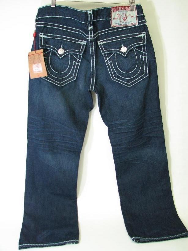 Super Low Rise Jeans. Have a fun weekend in a favorite staple by wearing super low rise jeans. The jeans will look very attractive and paired with the right top will create a new favorite outfit. Participate in activities during a weekend trip that will be fun and the right outfit will make you feel pretty.