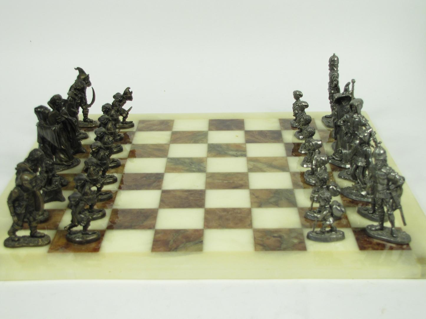 Lord of the rings metal figurines chess set marble board hobbit lotr collectible ebay - Collectible chess sets ...