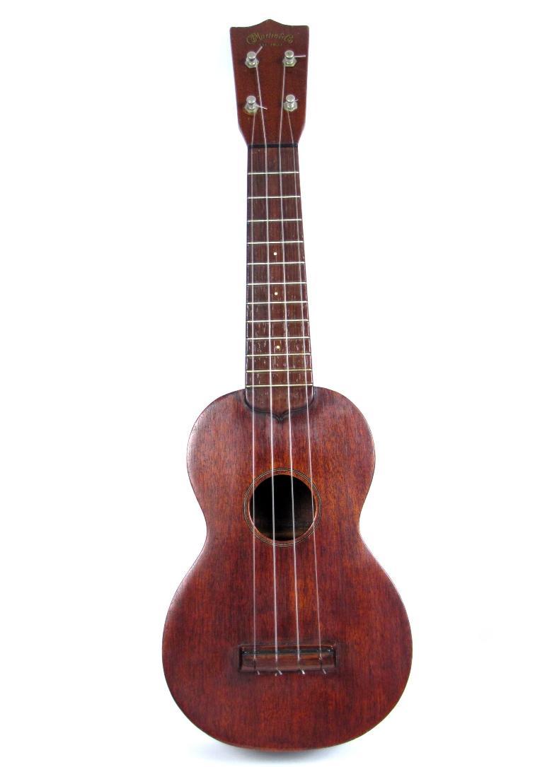 vintage martin co standard soprano mahogany ukulele style 0 hard case ebay. Black Bedroom Furniture Sets. Home Design Ideas
