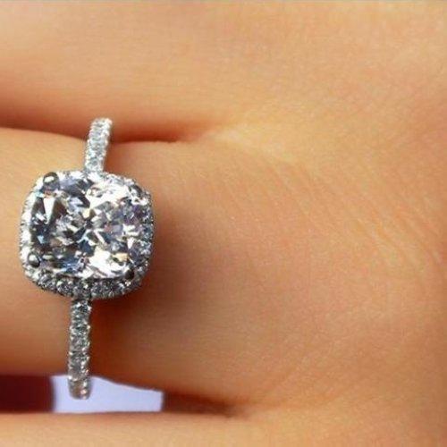 2 25 Ct Cushion Cut Diamond Engagement Ring Vvs1 D White