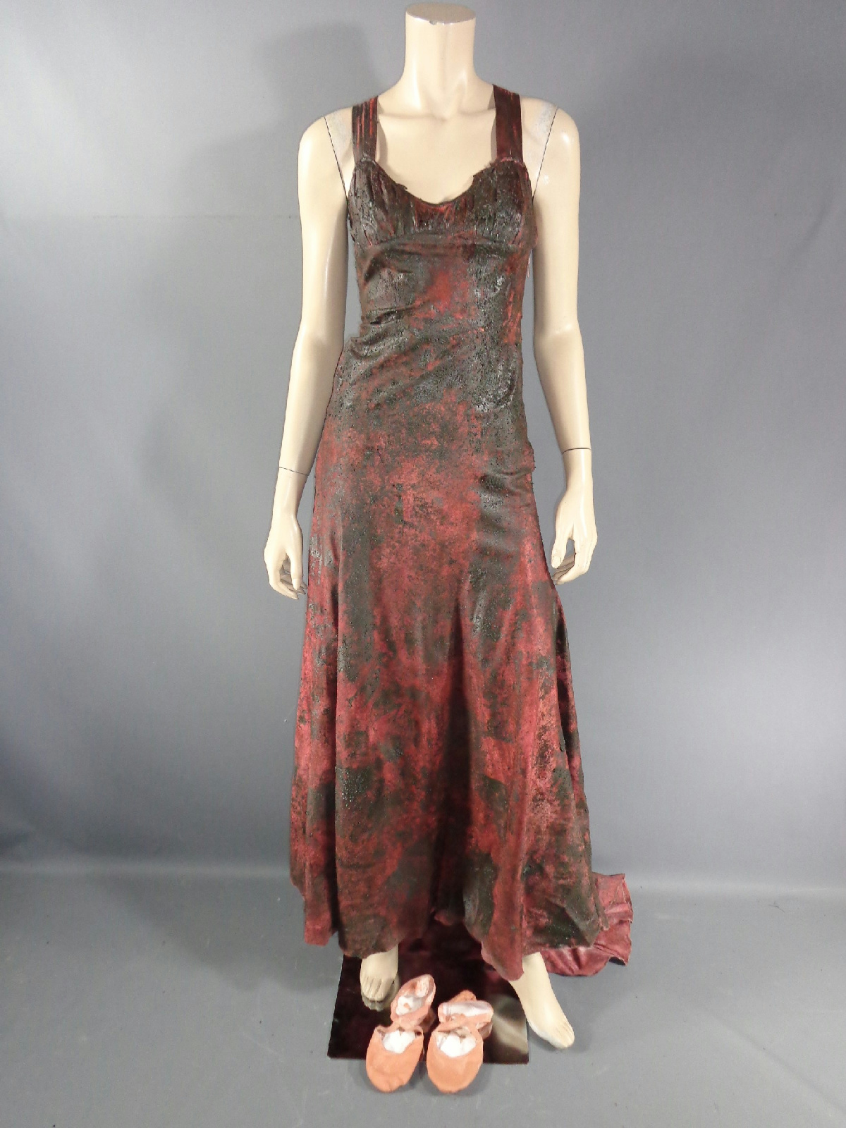 Carrie Carrie White Chloe Grace Moretz Screen Worn Bloody