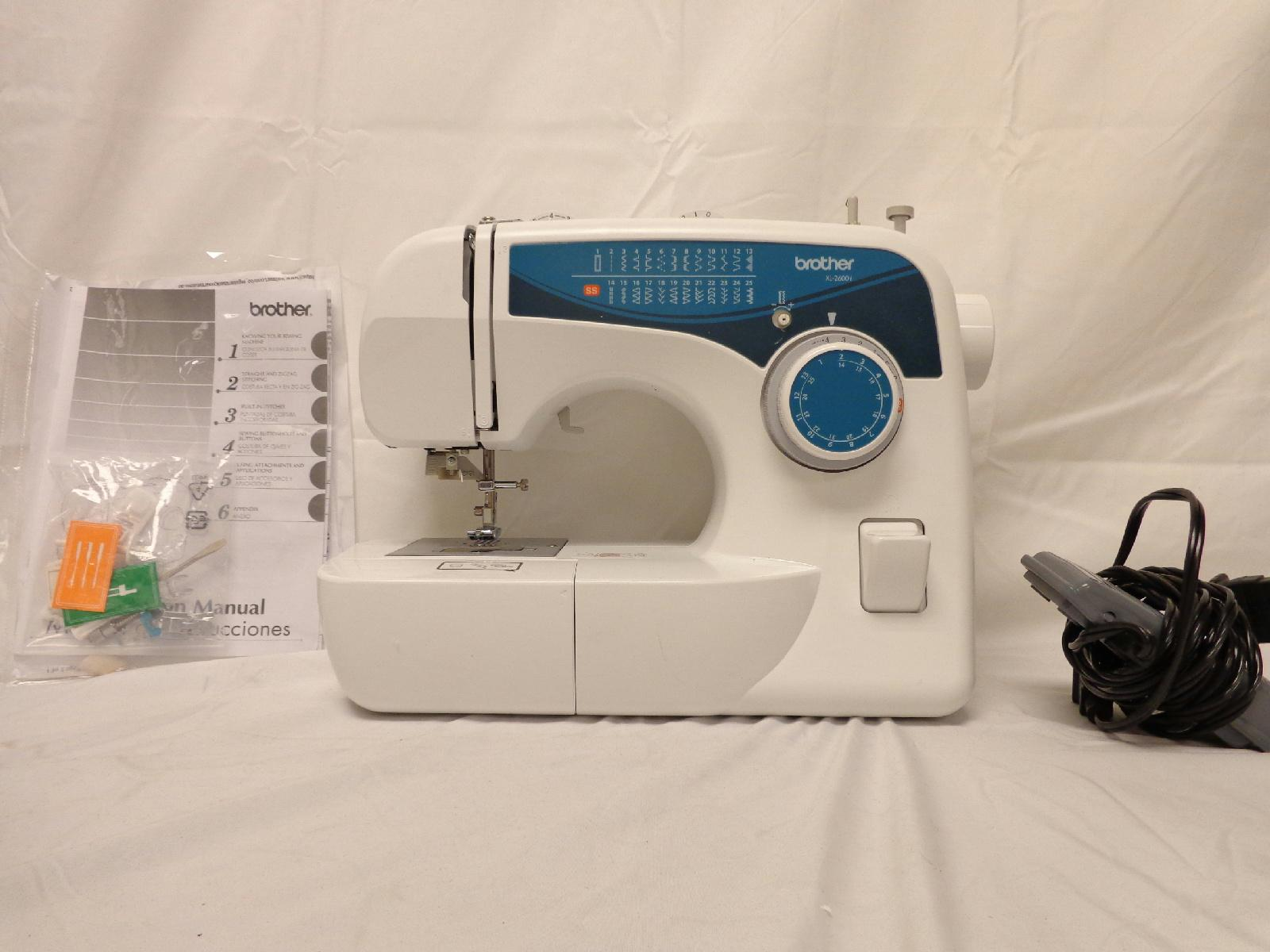 Brother xl2600i 25 stitch free arm sewing machine white blue for Machine a coudre xl 2600 brother