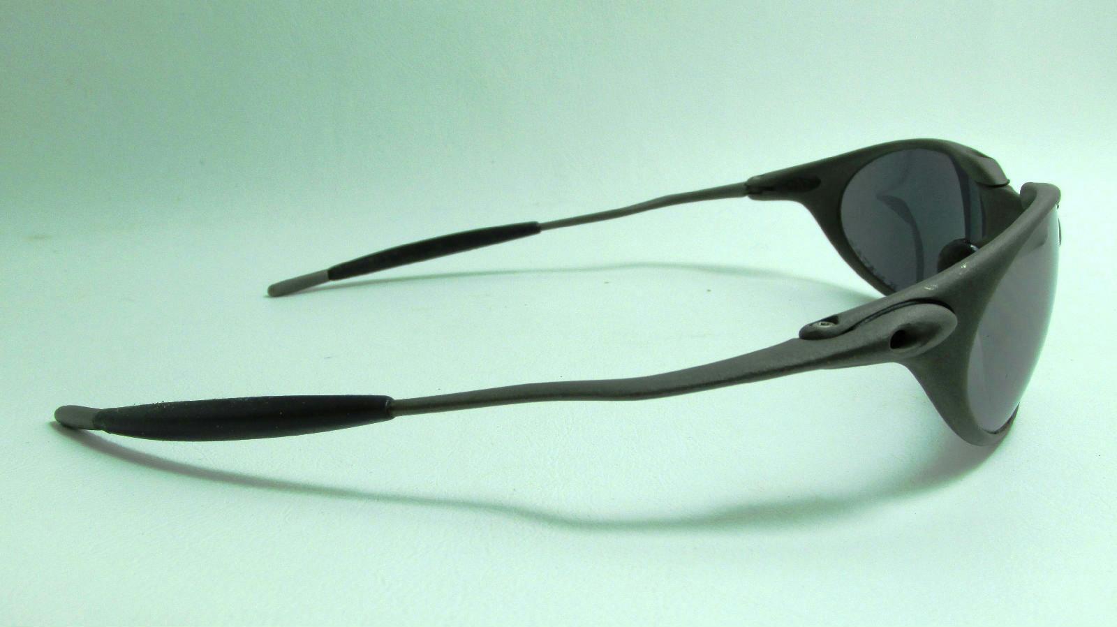Oakley Metal Frame Glasses : Uni sex Oakley GrayxMetal Titanium Frame Sunglasses ...