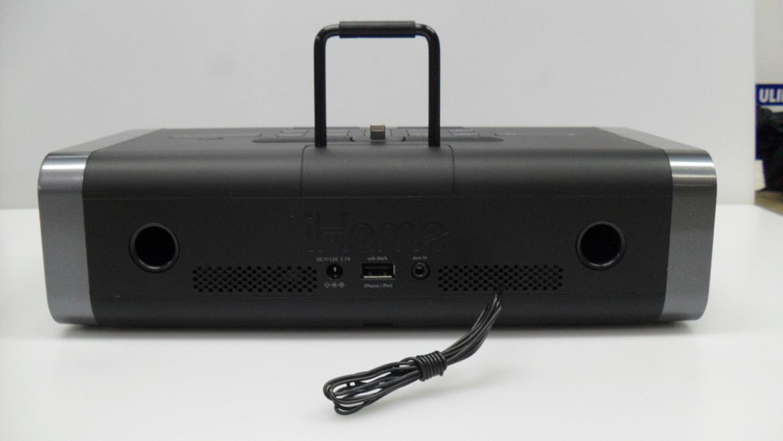 ihome idl45 docking station clock fm radio with lightning. Black Bedroom Furniture Sets. Home Design Ideas
