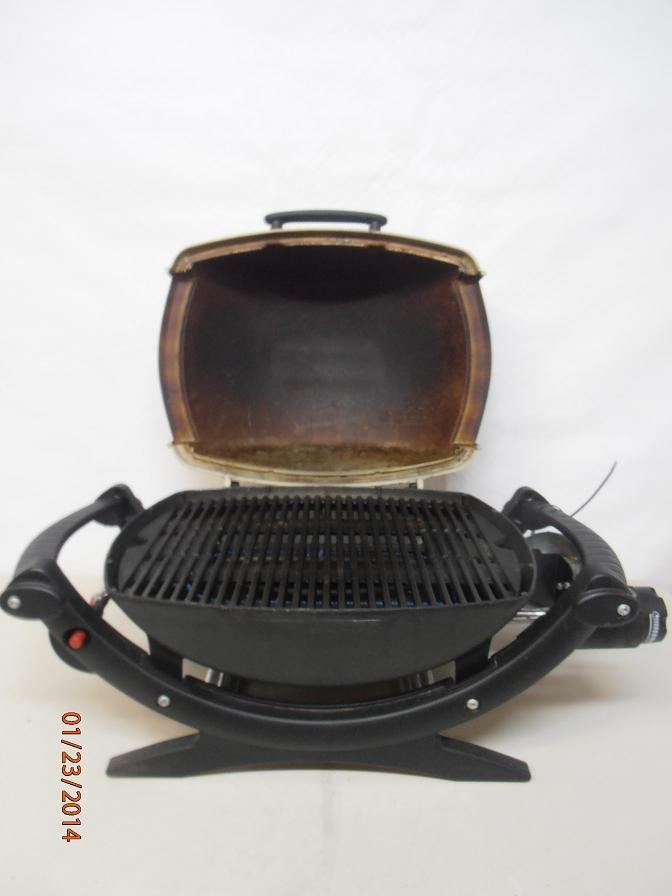 weber 386002 q 100 gas grill ebay. Black Bedroom Furniture Sets. Home Design Ideas