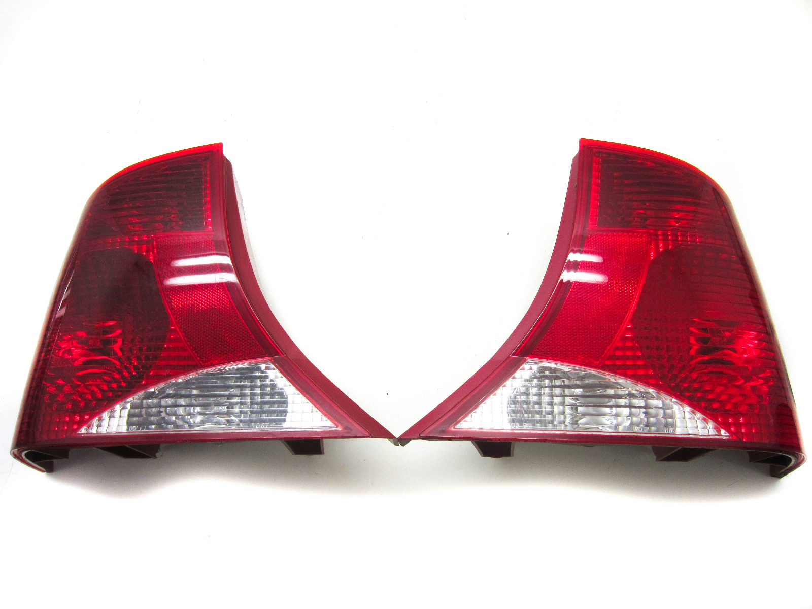 Details About For 00 03 Ford Focus Tail Light Lamp Pair Left And Right Set