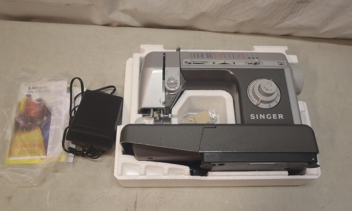 singer cg590 sewing machine