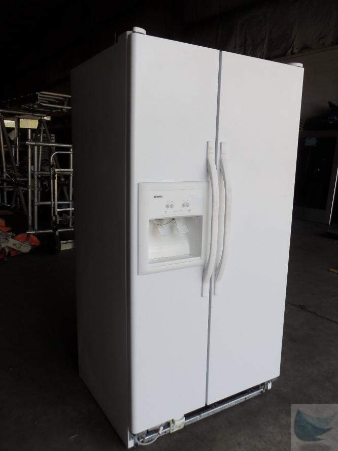 Kenmore Refrigerator Coldspot Model 106 on