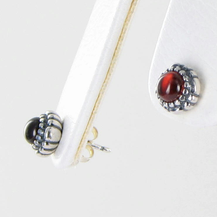 pandora 290543ga birthday blooms earrings january garnet