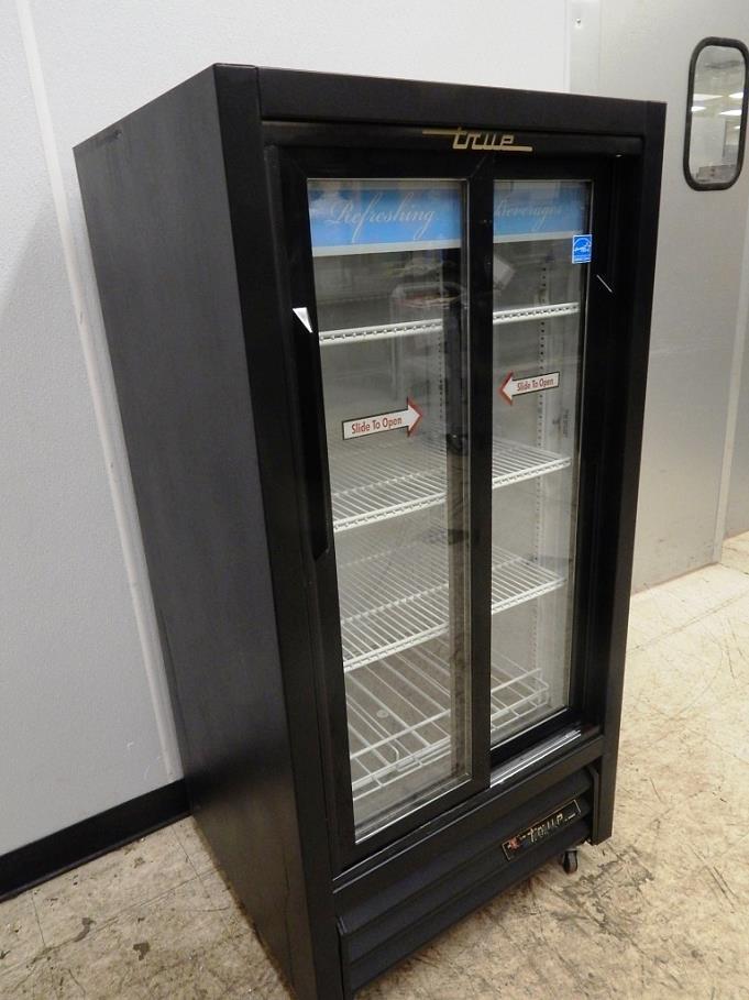 True 2 Sliding Door Merchandising Cooler Gdm 11sd Ebay