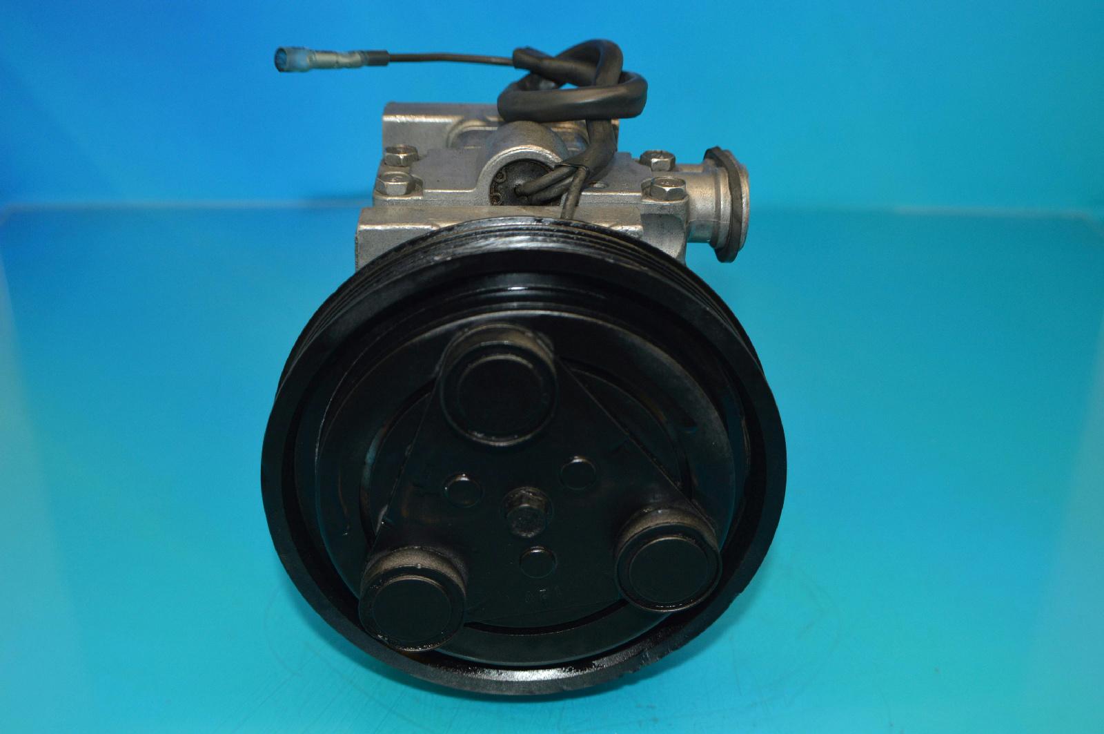 Mazda EA03-61-450 A//C Compressor