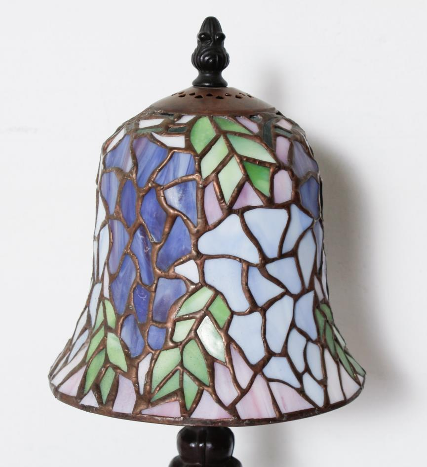 antique small stained glass tiffany style table top lamp. Black Bedroom Furniture Sets. Home Design Ideas