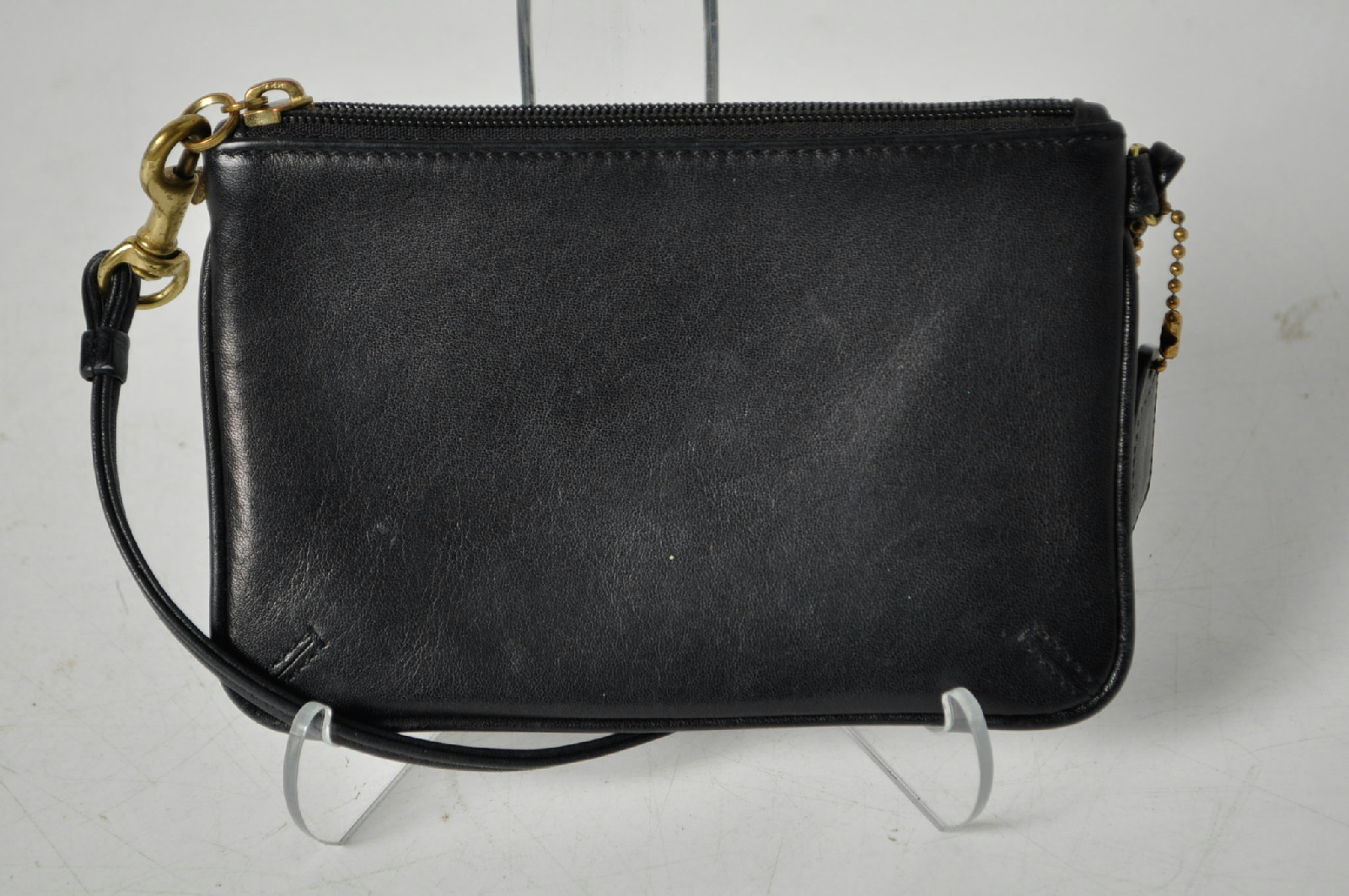 Coach Black Zipper Mini Wristlet Bag   eBay