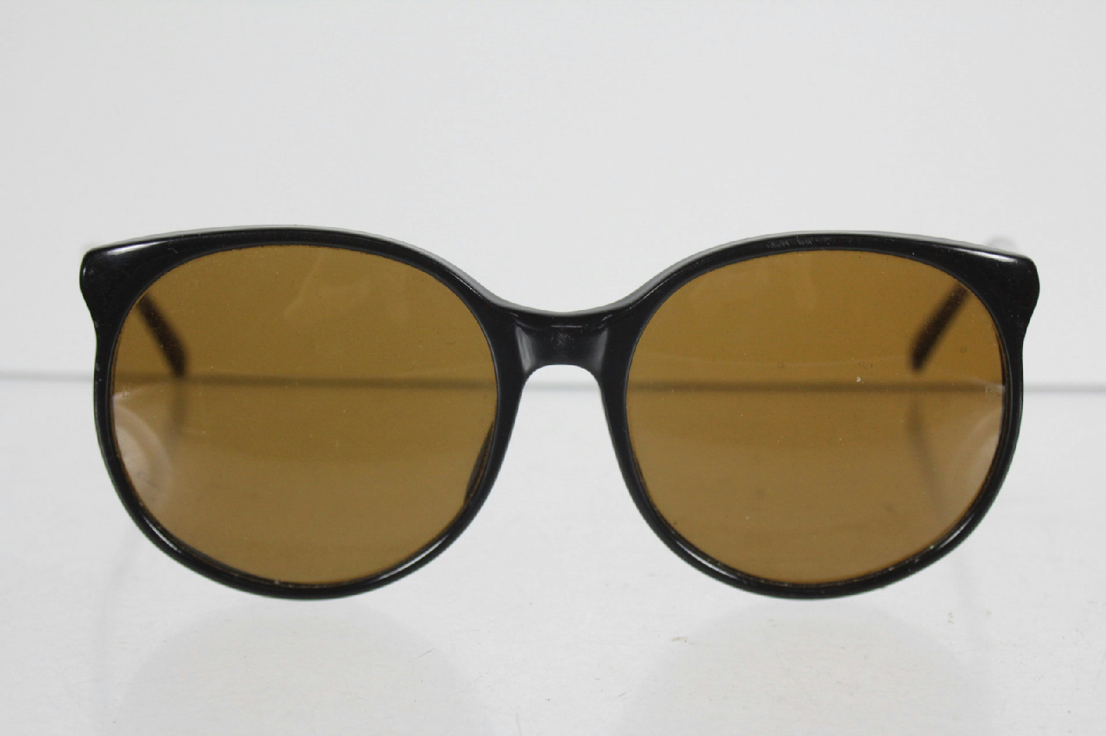 Ray Ban Round Frame Sunglasses : Ray Ban Round Skinny Frame Black Light Brown Lens ...