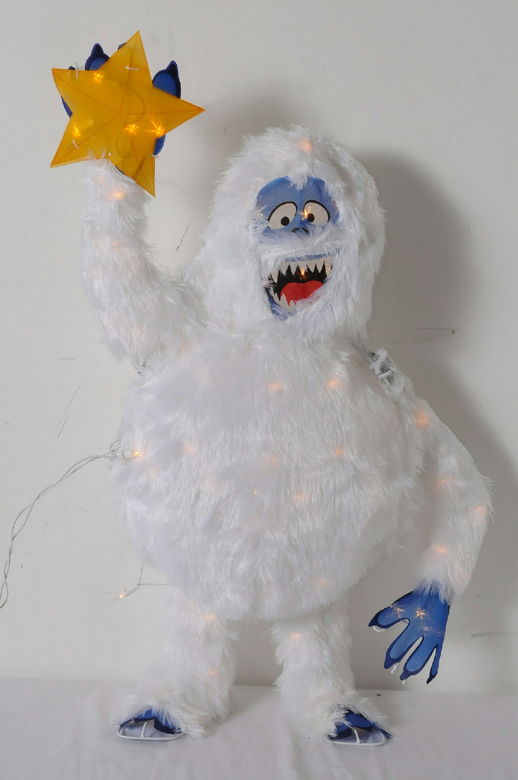 3 foot lighted bumble abominable snowman rudolph reindeer for Abominable snowman yard decoration