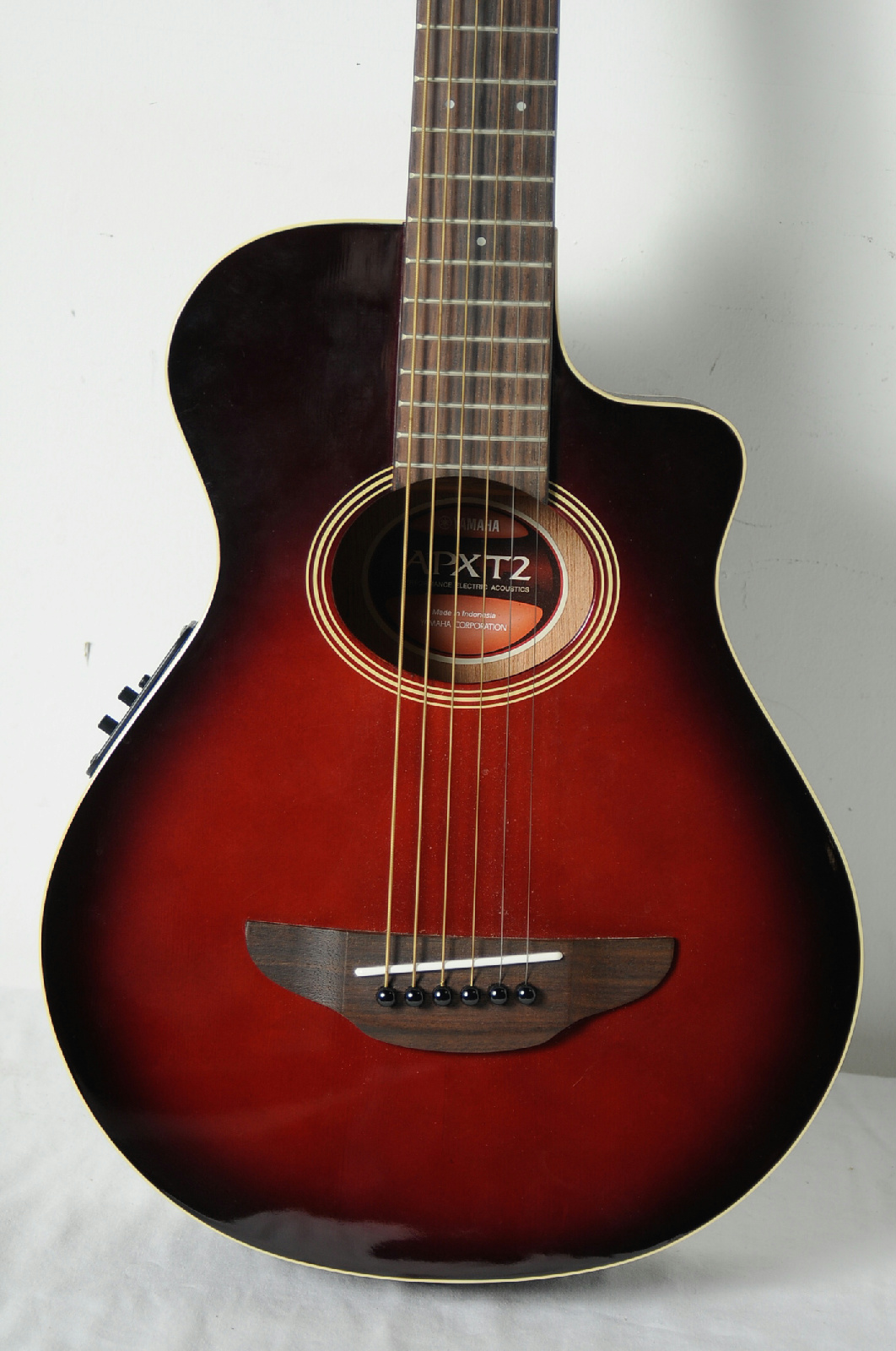 yamaha apxt2 acoustic electric guitar ebay. Black Bedroom Furniture Sets. Home Design Ideas
