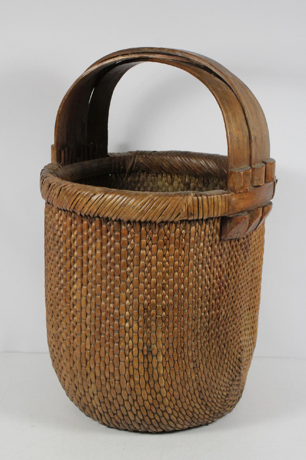 Woven Gathering Basket : Splint hand woven gathering basket bamboo handle large