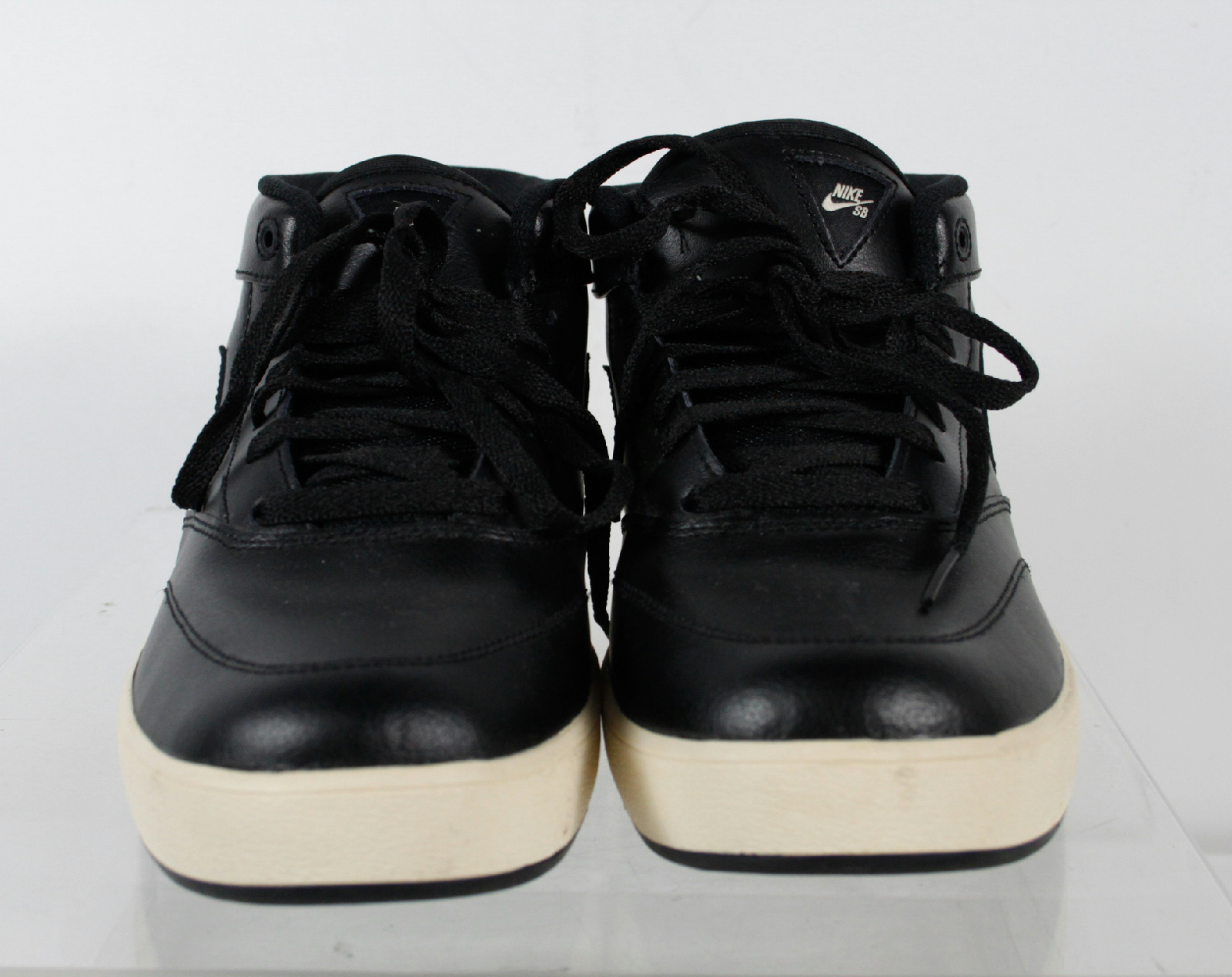 nike omar alazar solid black white bottom laces tennis