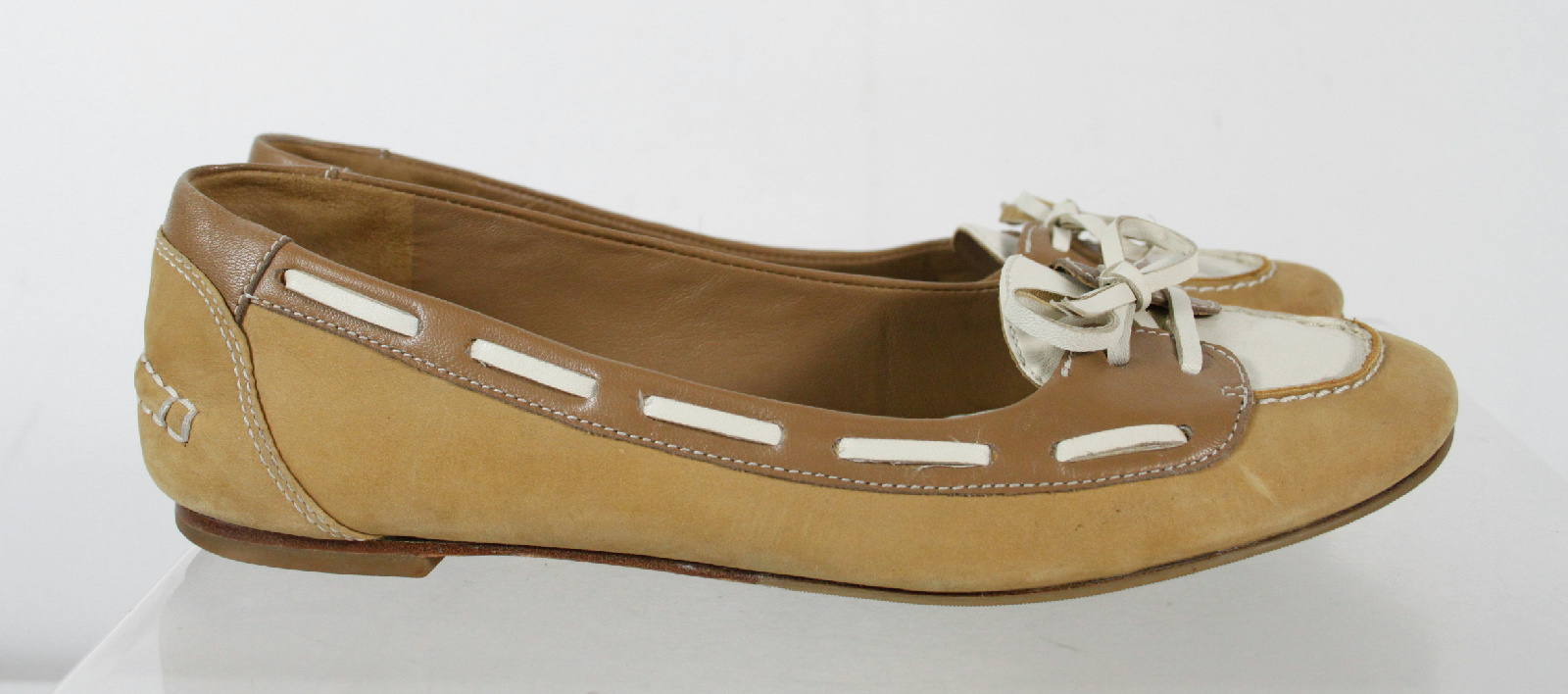 cole haan beige white flats slip on toe loafers