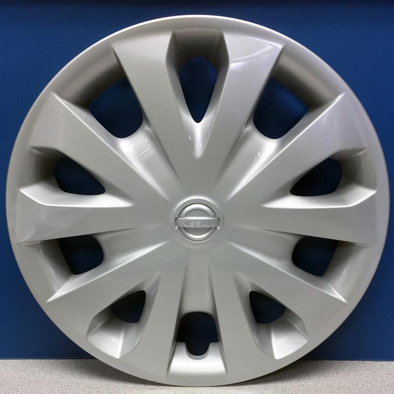 12 Wheel Covers : Nissan versa quot v spoke wheel covers