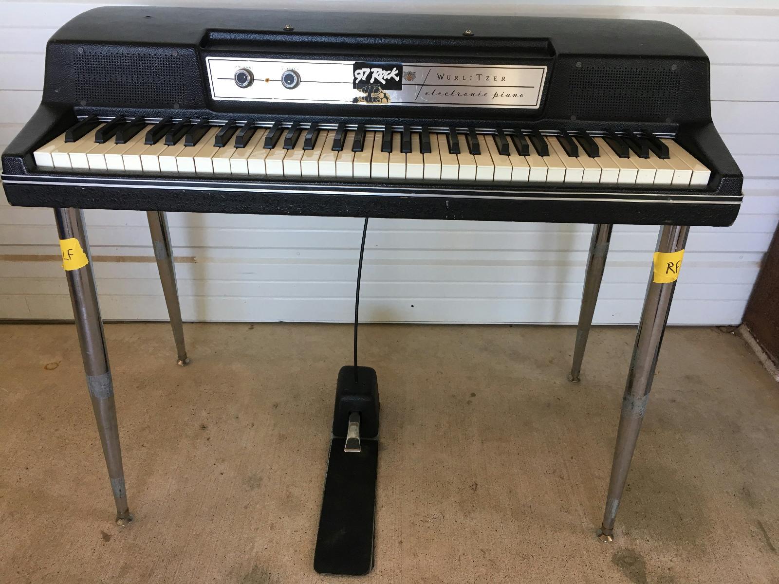 wurlitzer 200 a 200a electric piano keyboard w legs pedal vintage ebay. Black Bedroom Furniture Sets. Home Design Ideas