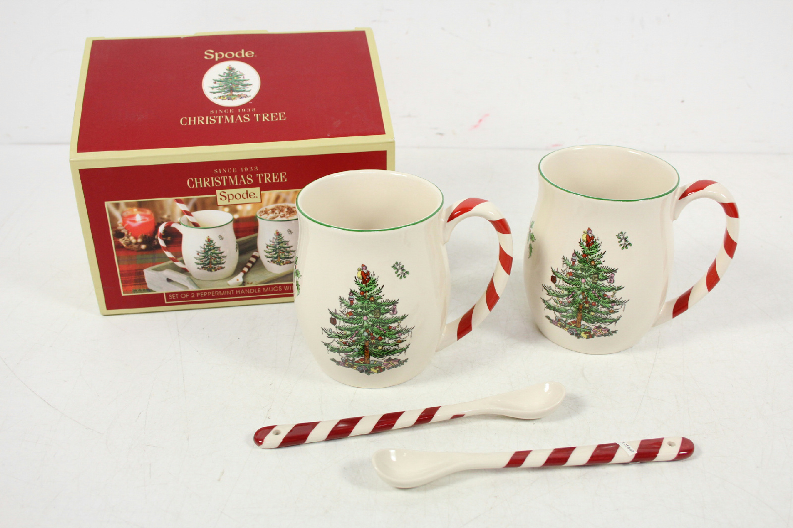 NIB Spode Christmas Tree Peppermint Handle Mugs With