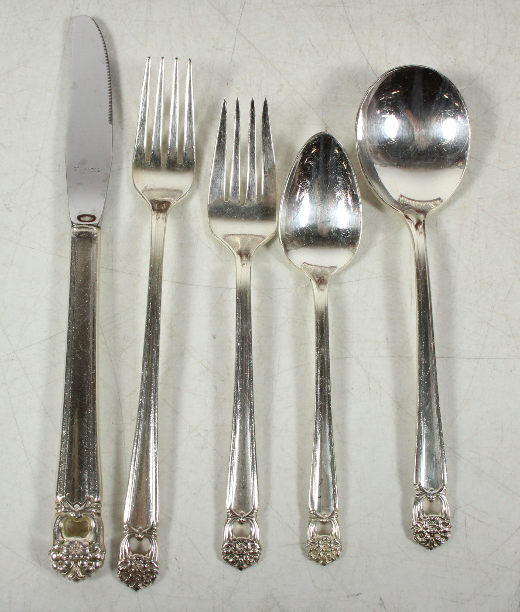 ETERNALLY YOURS 1847 ROGERS BROS silverplate flatware set