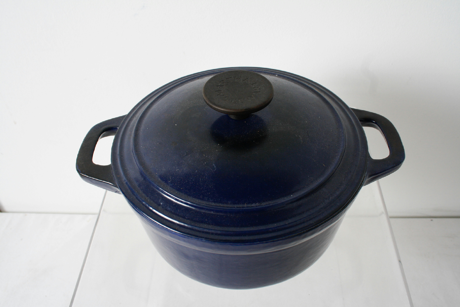 martha stewart collection blue enameled cast iron dutch oven with lid ebay. Black Bedroom Furniture Sets. Home Design Ideas